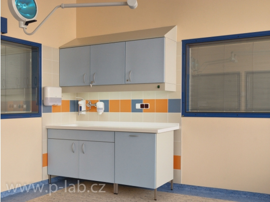 laboratorni_nabytek_3_7219.jpg